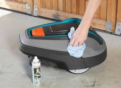 Zestaw do konserwacji i czyszczenia kosiarki automatycznej Gardena
