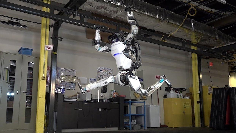 Akrobacje gimnastyczne w wykonaniu Boston Dynamics