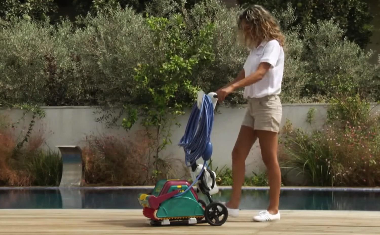 Wózek transportowy ułatwiający obsługę i przechowywanie