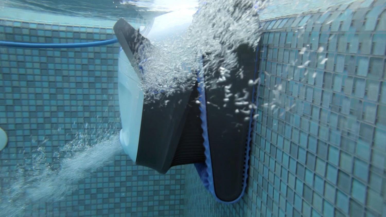 Kompletne pokrycie basenu