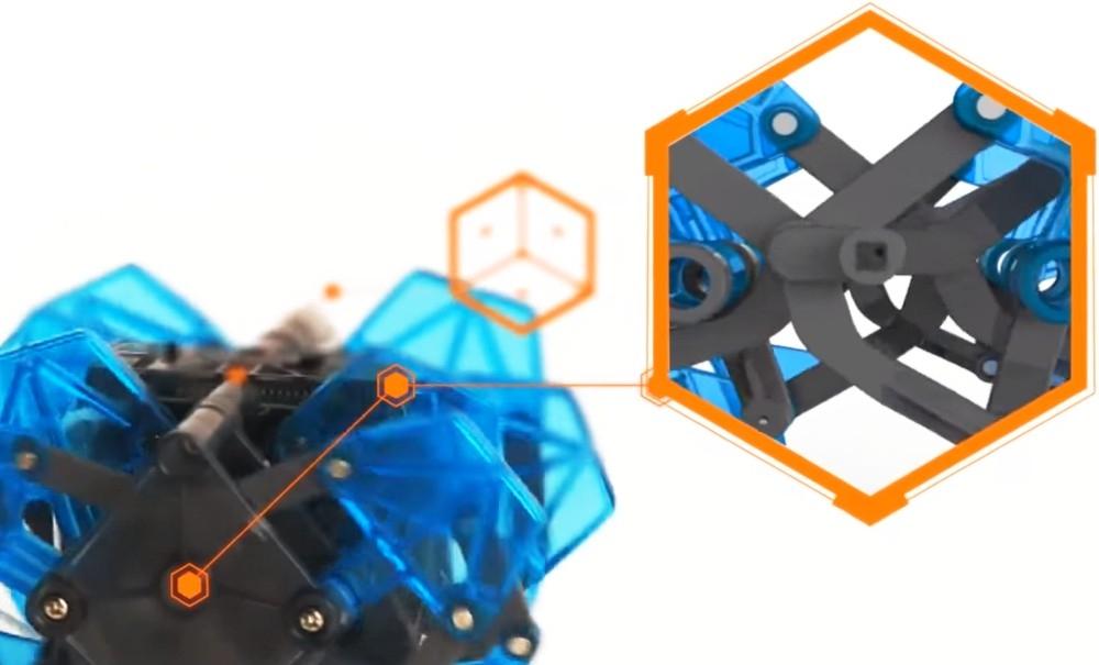 Przedstawiamy robota zabawkę HEXBUG Monstrum XL