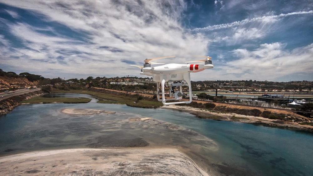 Prezentacja drona DJI Phantom 3 Standard