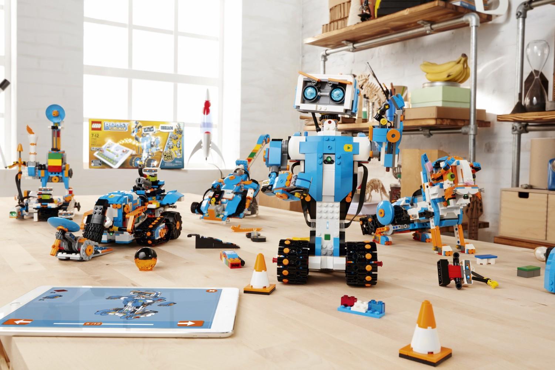 Przedstawiamy LEGO Boost