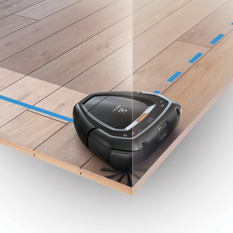 Precyzyjne czyszczenie dzięki trójkątnemu kształtu Trinity i PowerBrush, FlowMotion