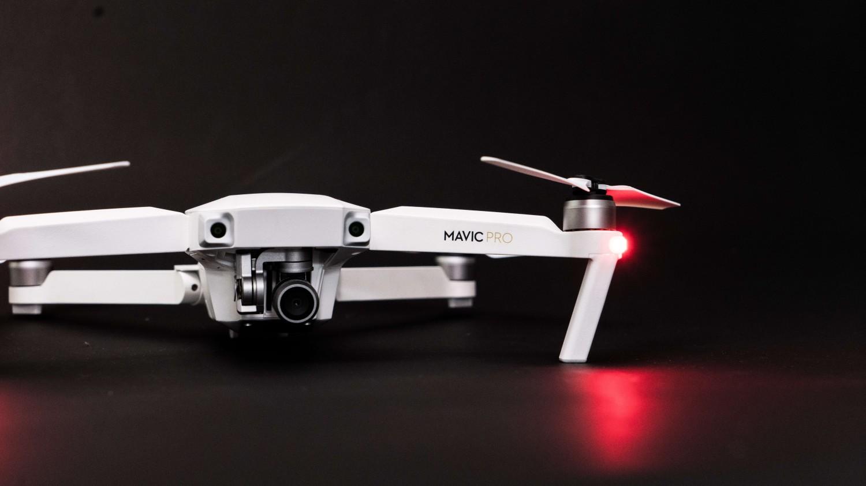 Prezentacja drona DJI Mavic PRO Alpine White Combo - Limited edition