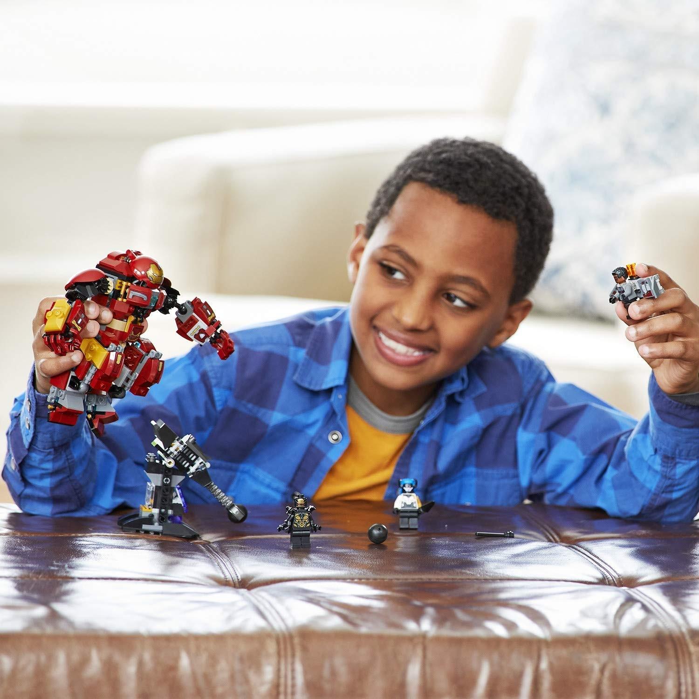 Prezentacja składanki LEGO Super Heroes 76104