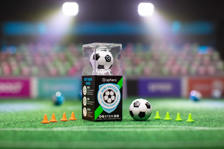 Prezentacja robo kuli Sphero Mini Soccer