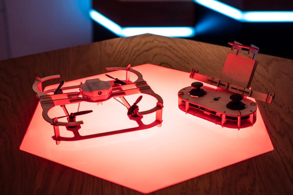 Złóż sobie swój dron bez narzędzi wszelakiego rodzaju
