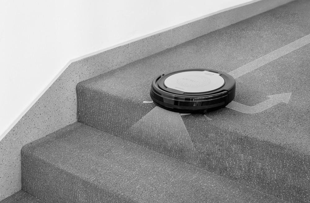 Dzięki czujnikom podzczerwieni nie spadnę ze schodów