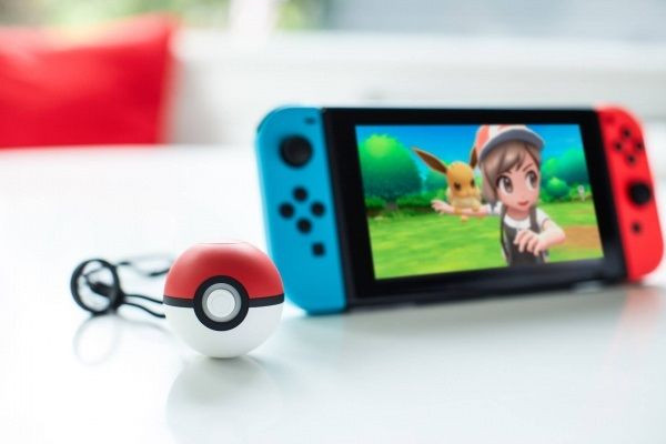 Poké Ball + Nintendo Switch